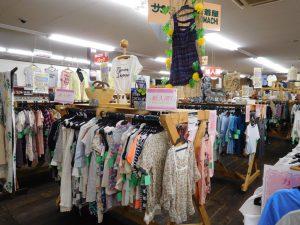 夏物衣類ぞくぞく買取中!スマイルサンタ長野南バイパス店
