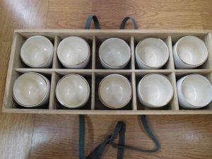 木箱に入った湯呑セットいかがですか?スマイルサンタ長野南バイパス店