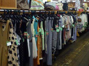 夏物衣類バーゲン開催中です   長野南バイパス店