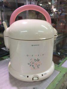コレ、炊飯器なんですわ。