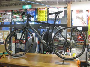 クロスバイク ¥34,800+税 スマイルサンタ小諸店 TEL:0267-46-8351